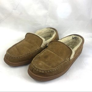 Lamo slippers slip on a leather size 10 moccasins